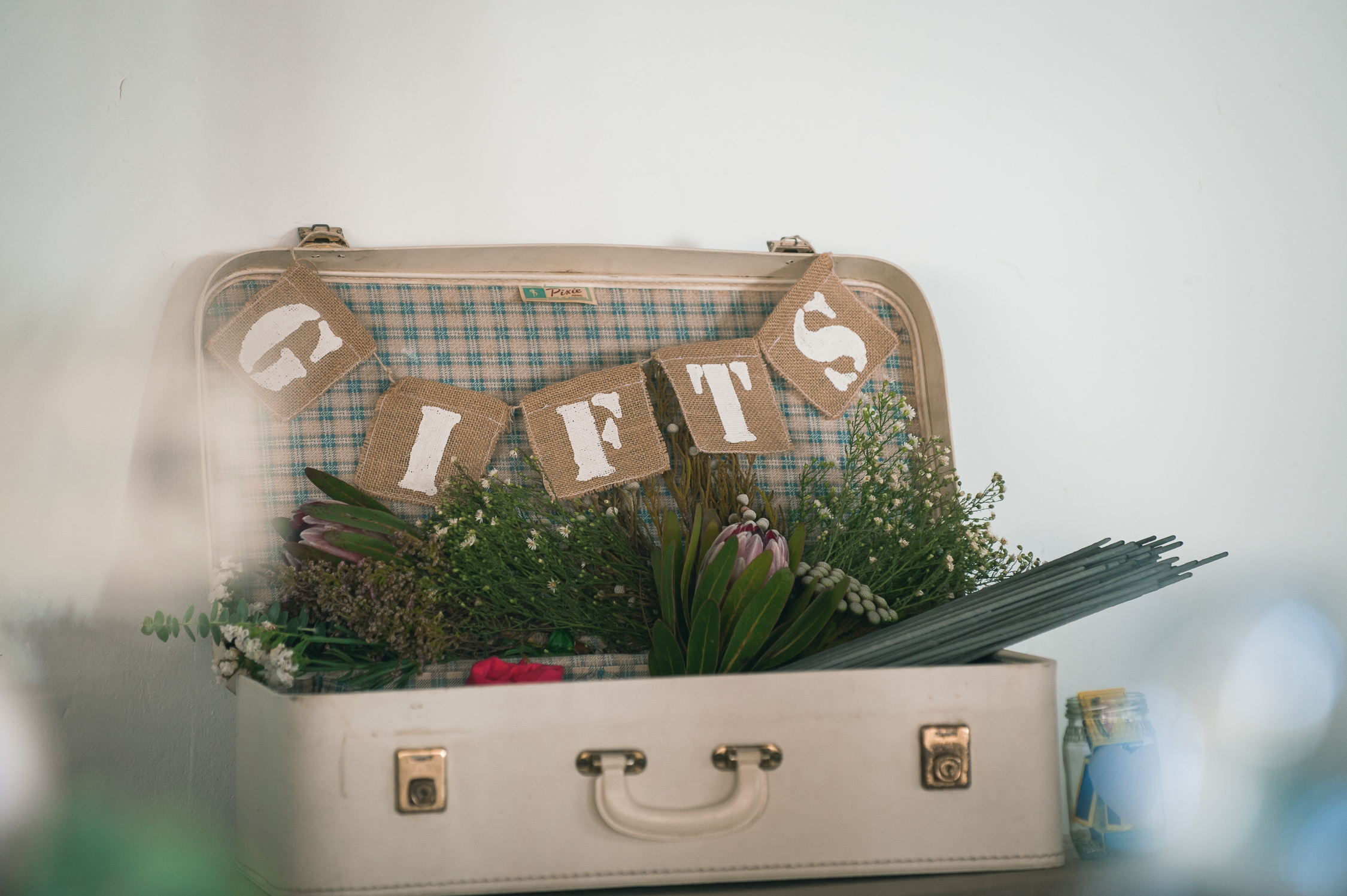 Antique Wedding Suitcase Cards Gifts