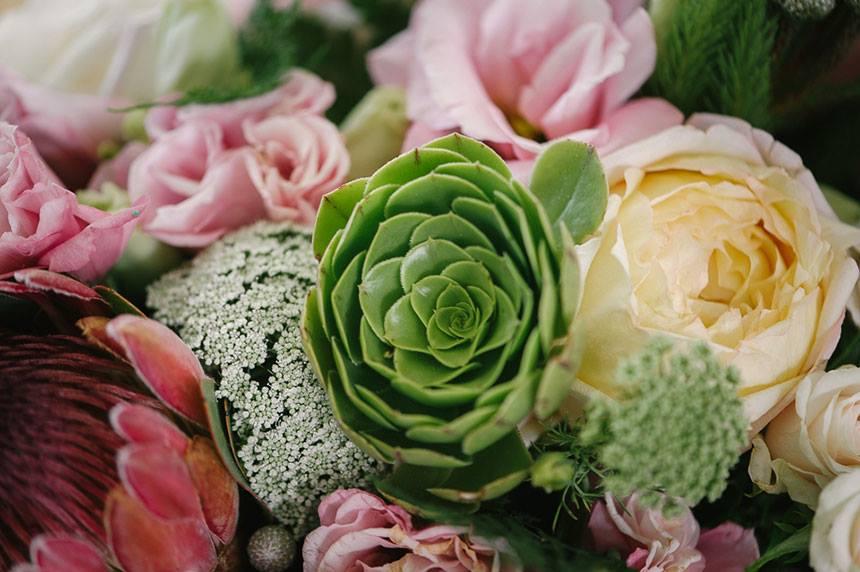 My Pretty Vintage Floral Decor