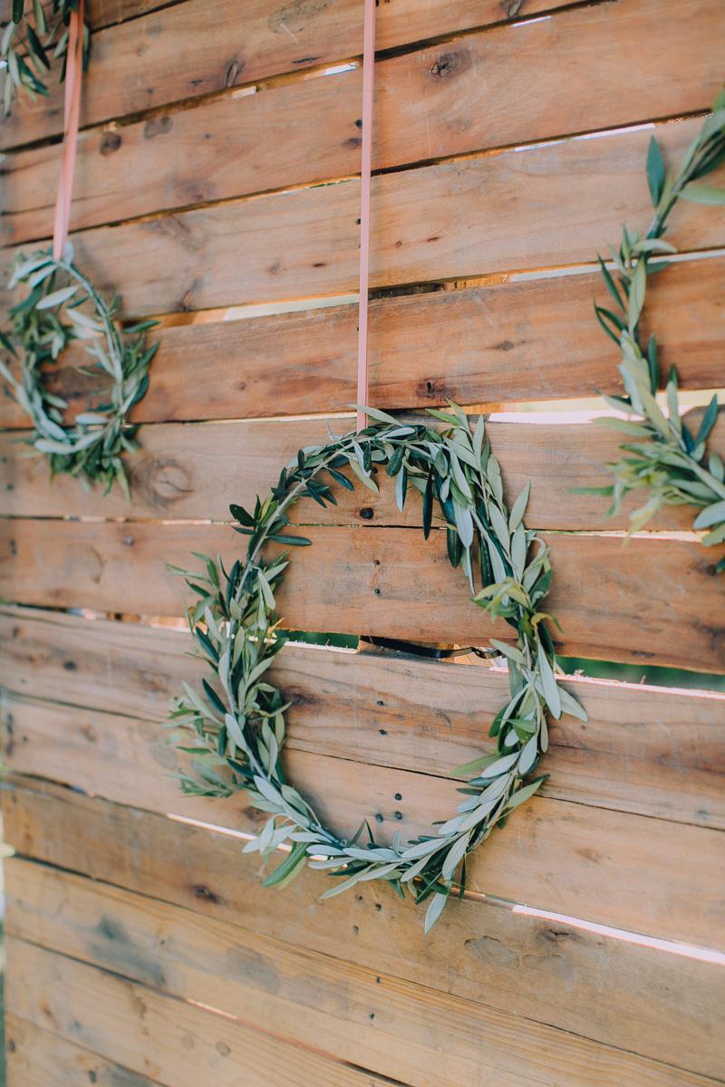 Ringed leafed circle symbolizing eternity