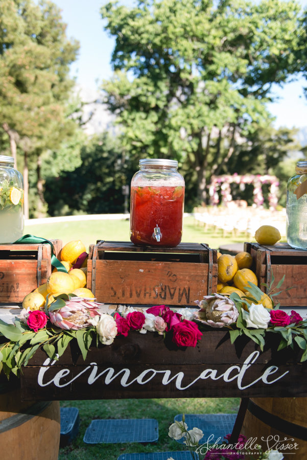 Vintage Themed Refreshment Beverages At Weddings