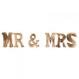 """WORDS """"MR & MRS"""" Rustic Wood"""
