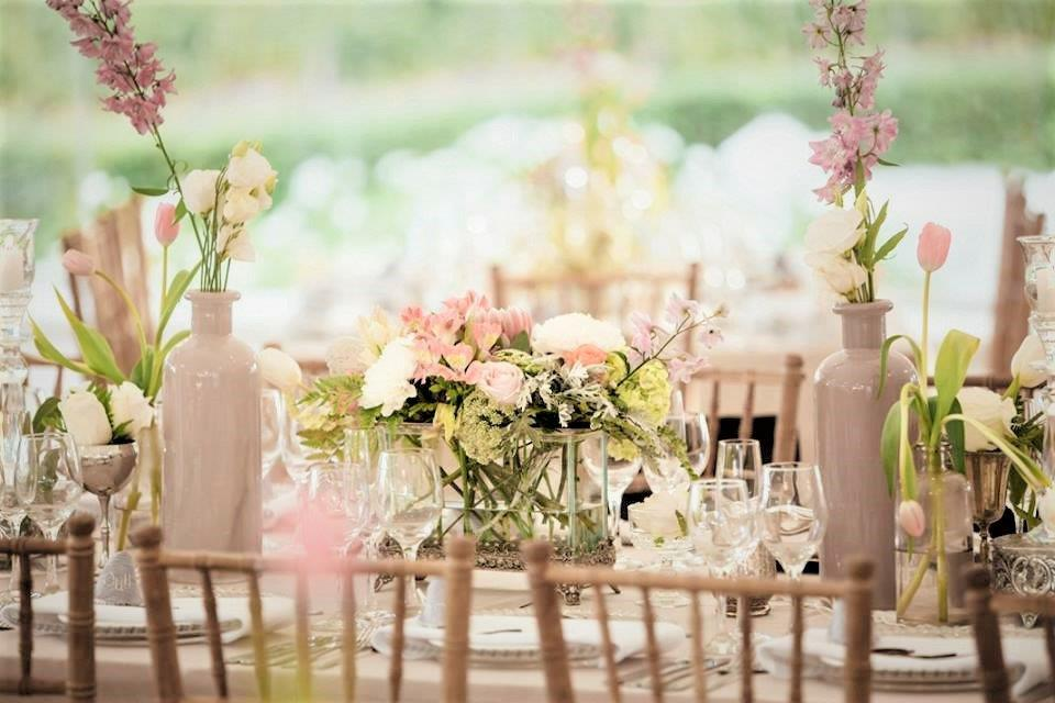 Floral Designs Soft Elegant Vintage Decor Dining