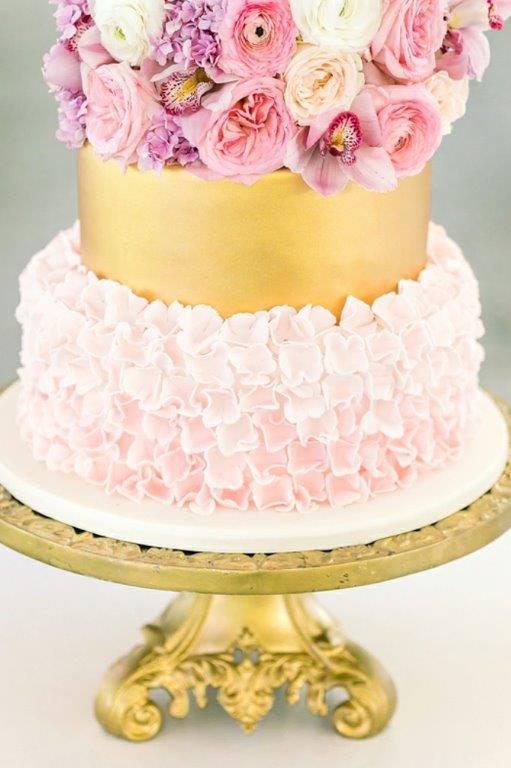 My Pretty Vintage Wedding Cake At Cavalli Estate