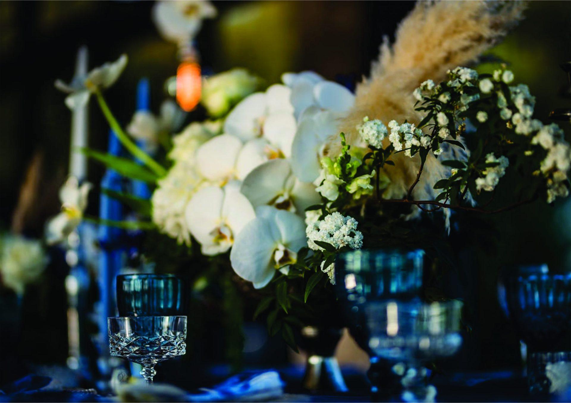 Bruidsgids Wedding Guide My Pretty Vintage Romantic Vineyard Setting Wedding Flowers Decor Events Photgraphy by Gustav Klotz